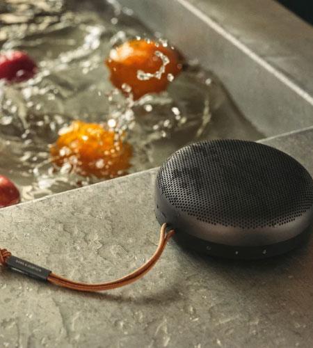 ลำโพงไร้สาย B&O Beosound A1 2nd Gen Wireless Speaker คุ้มค่า