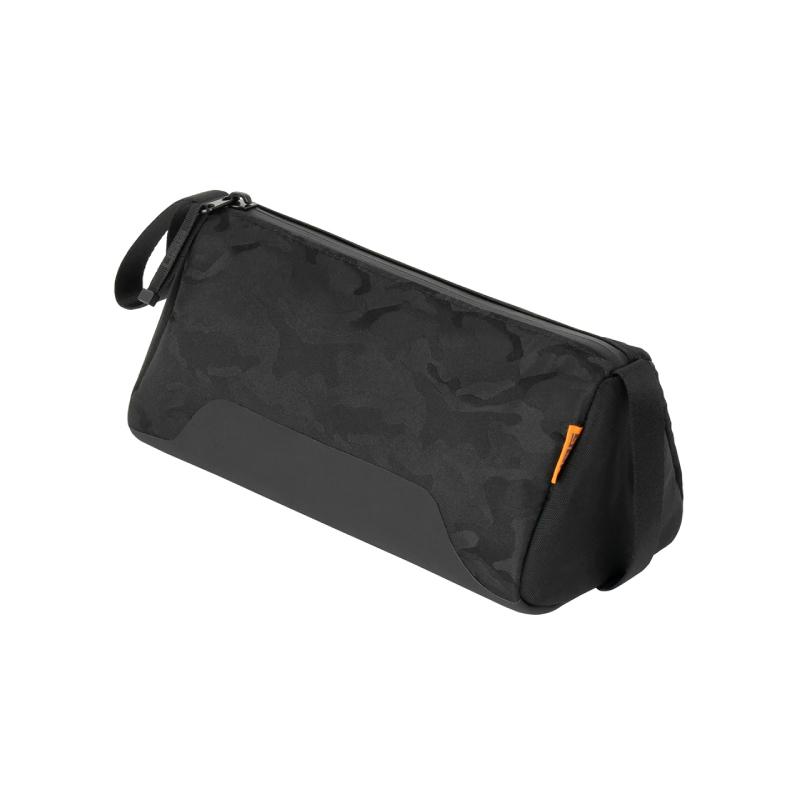 กระเป๋า UAG Dopp Kit Y19