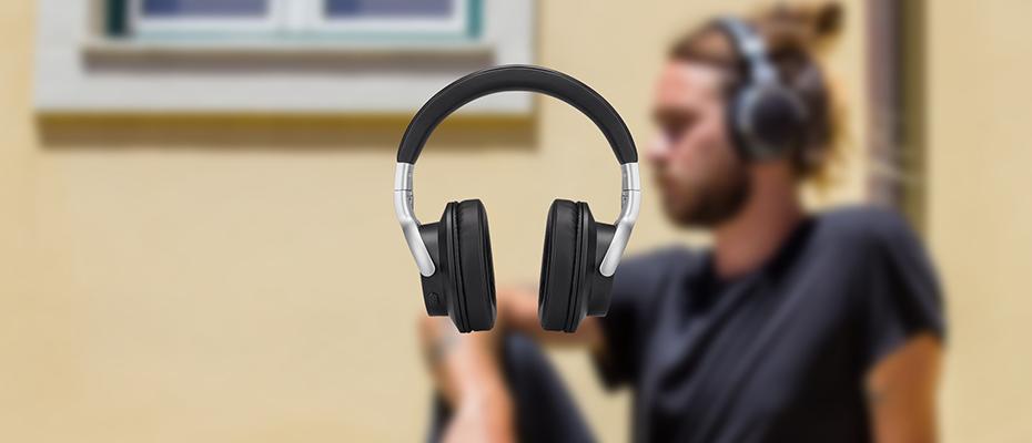 Motorola Escape 500 ANC Wireless Headphone