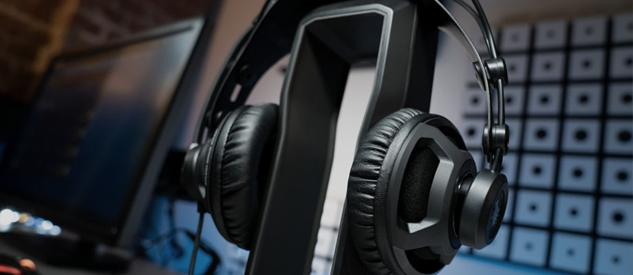Roccat Renga Boost Studio Grade Over-Ear Stereo Headphone  ราคา