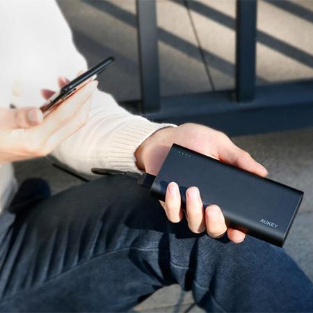 แบตสำรอง Aukey PB-XD13 20000mAh USB-C PowerBank with Quick Charge ขาย
