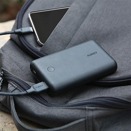 แบตสำรอง Aukey PB-XD10 10000mAh USB-C PowerBank with Quick Charge ซื้อ-ขาย