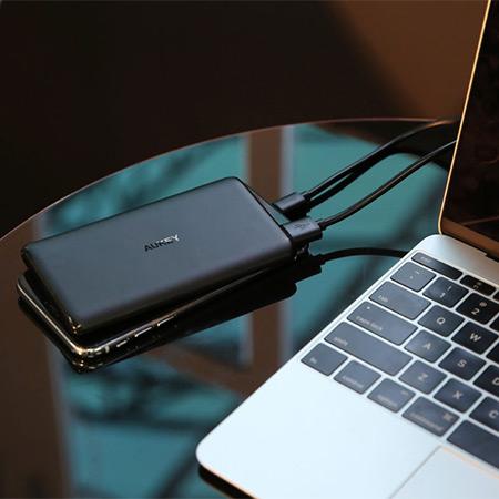 แบตสำรอง Aukey PB-XN5 5000mAh Slim USB-C PowerBank Fast Charge ซื้อ-ขาย