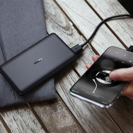 แบตสำรอง Aukey PB-XN5 5000mAh Slim USB-C PowerBank Fast Charge ราคา