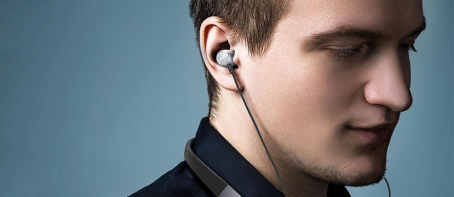 รีวิว หูฟังไร้สาย Anker SoundBuds Surge In-Ear ในกล่อง