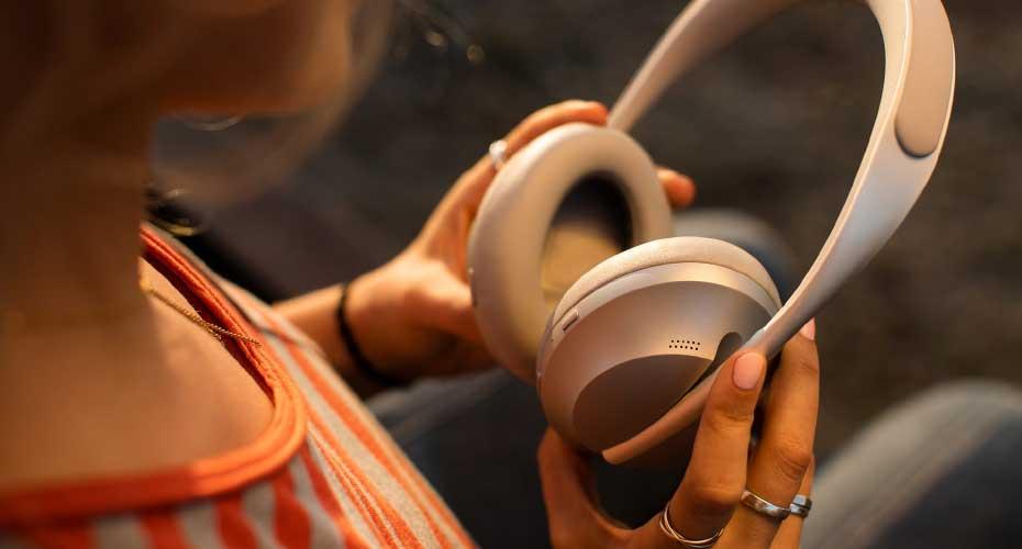 หูฟังไร้สาย Bose Noise Cancelling Headphones 700 ขายดี