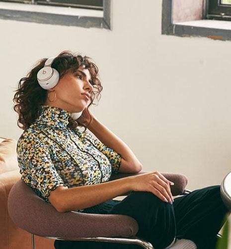 หูฟังไร้สาย Beats Solo Pro On-Ear Headphone เสียงดี