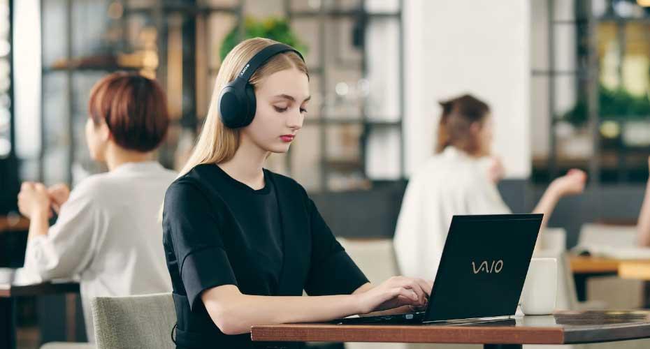 หูฟังไร้สาย Sony WH-H910N Wireless Noise Cancelling Headphone ราคา