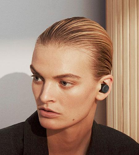 หูฟังไร้สาย B&O Beoplay E8 3rd Gen True Wireless ไมค์ชัด