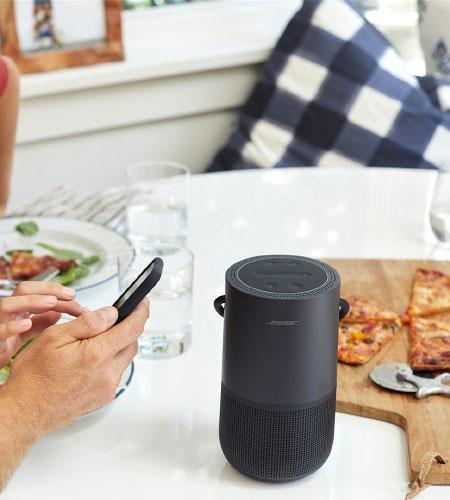 ลำโพง Bose Portable Home Speaker คุ้มค่า