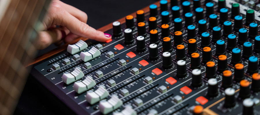 Tascam Model 12 Integrated Production Suite Mixer การใช้งาน