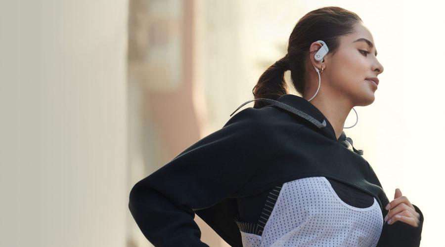 หูฟังไร้สาย Beats Powerbeats High Performance Wireless Earphones ราคา