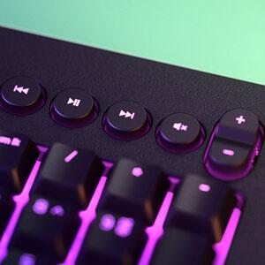 คีย์บอร์ด Razer Cynosa V2 Membrane Gaming Keyboard ปุ่มคุมมัลติมีเดีย