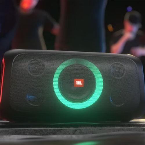 ลำโพงไร้สาย JBL PartyBox On-The-Go Bluetooth Speaker คุ้มค่า