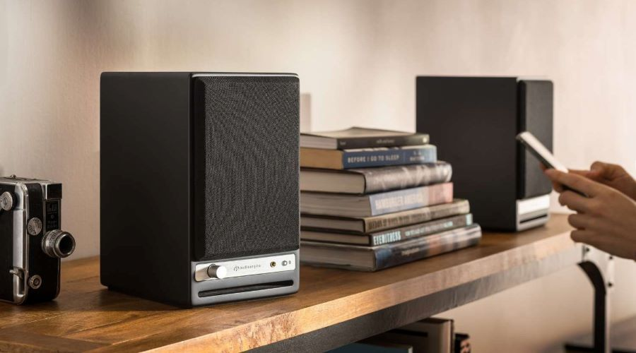 Audioengine HD4 active bookshelf