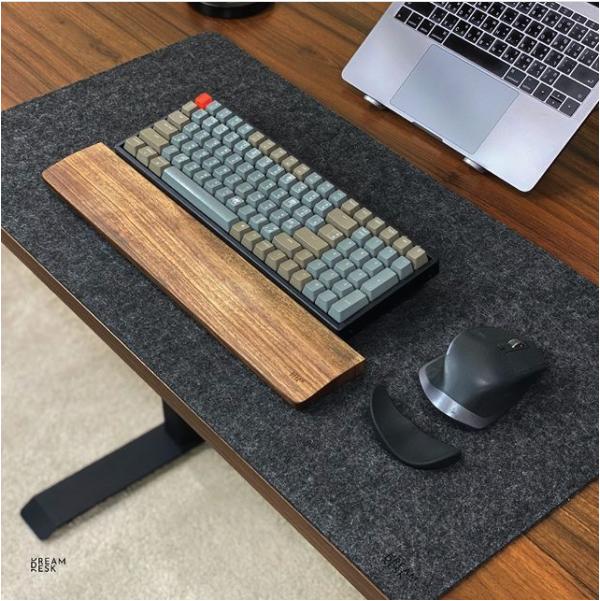 แผ่นรองโต๊ะ DreamDesk Desk Mat