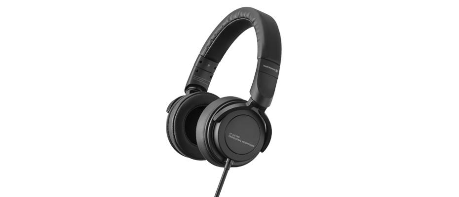 หูฟัง Beyerdynamic DT 240 PRO Headphone ราคา