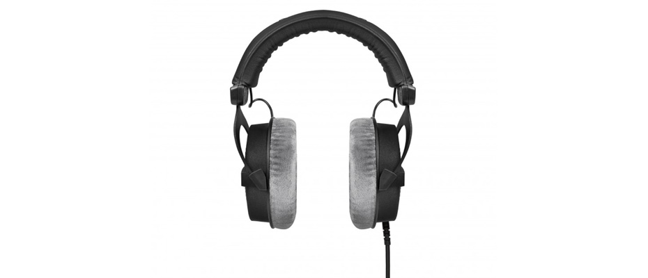 หูฟัง Beyerdynamic DT 990 PRO 250 ohms Headphone ขาย