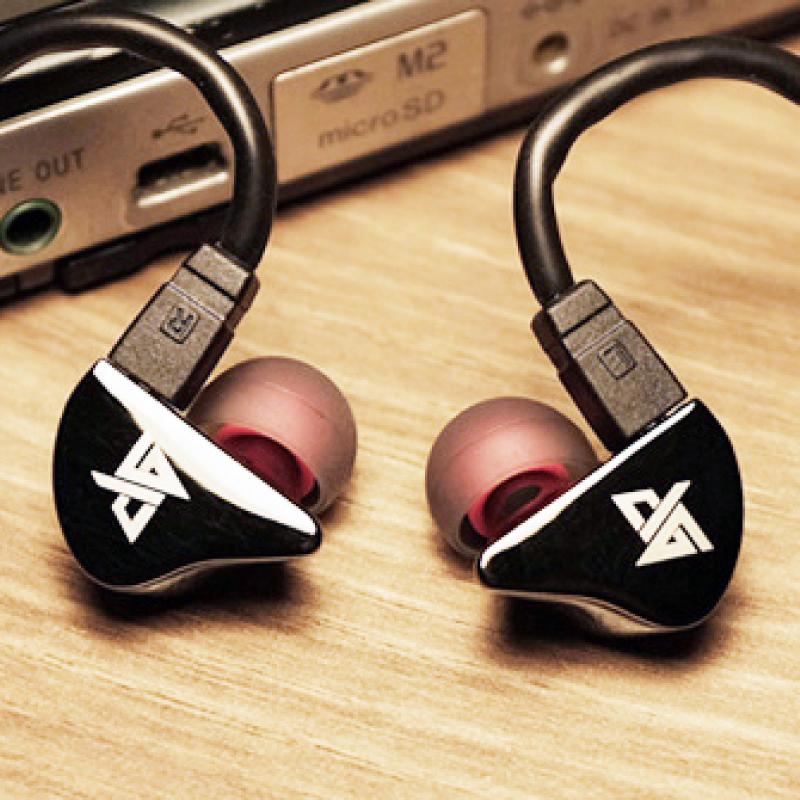 หูฟัง Auglamour AG-R8 In-Ear
